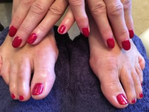 gel nails and toes